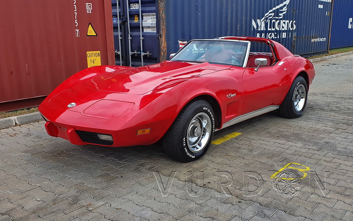 Chevrolet Corvette C3 1975 5.7 Manual